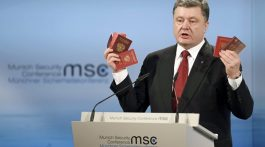 poroshenko_passport_-768x511