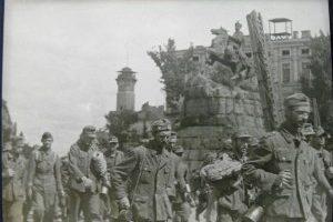 немцы-в-Киеве-300x212