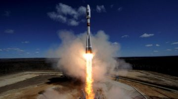raketa-vzlyot-768x431