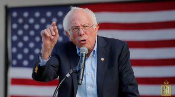 FILE PHOTO: Democratic 2020 U.S. presidential candidate and U.S. Senator Bernie Sanders (I-VT) speaks at a campaign rally in Dover, New Hampshire, U.S. September 1, 2019. REUTERS/Brian Snyder/File Photo - RC13318D5760