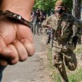 Белоруссия объявила защитников ЛНР и ДНР преступниками