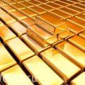 Россия избавляется от долларов и наращивает золотой запас, чтобы победить в торговой войне с США