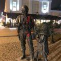 Вандал из Киева, осквернивший памятник «Вежливым людям», передумал получать Героя Украины